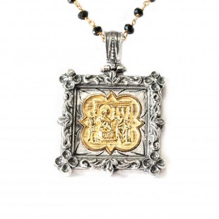 Colgante plata cuadrado bicolor con fondo dorado y marco oxidado