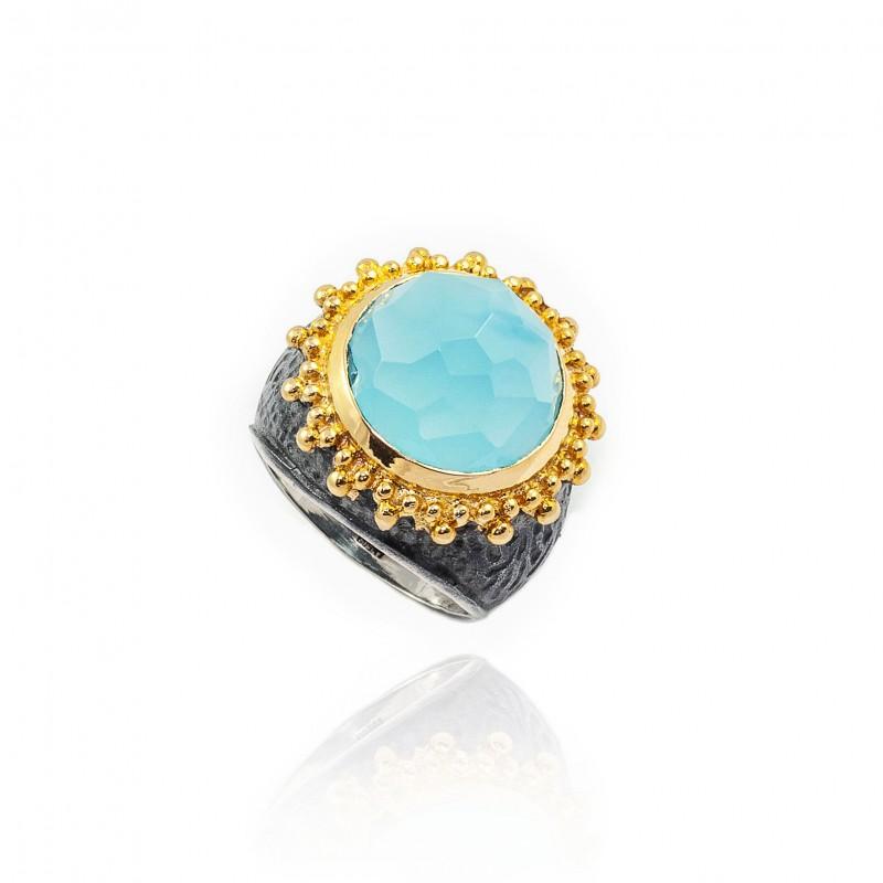 Anello vintage in argento con pietra blu turchese